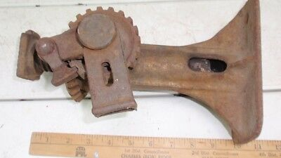 Heavy Duty Antique Car / Truck / Barn Jack - Probably from 1930s - Lot # 2