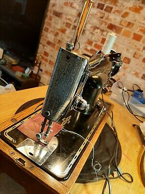 SINGER 201k-2 Sewing Machine knee lever  EB919206 Serviced Video. Potted motor.