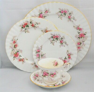 1-Royal Albert Lavender Rose 5 Piece Place Setting-England ( 8 Available )