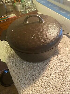 Antique Ugly Hammered Cast Iron No 8 Dutch Oven With Matching Lid! Beautiful!