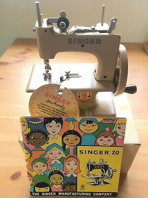 singer children sewing machine