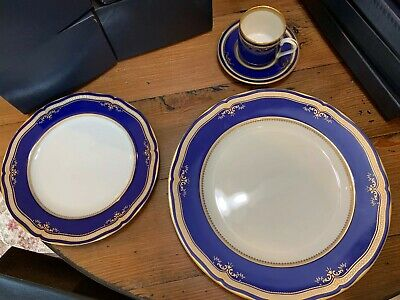 Four Place Settings From The Titanic.  4 Pieces Each