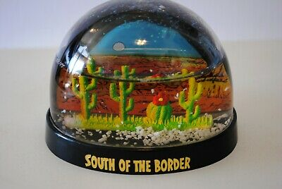 Vtg Snow Dome Globe South of the Border  Carolina Souvenir Snowdome Snowglobe