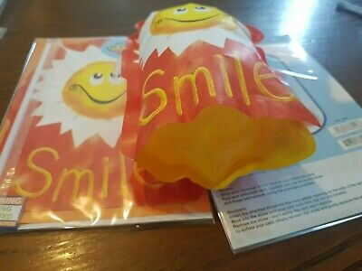 Smile   Inflatable Card,S Job Lot Of 100 Post Paid Greeting Cards