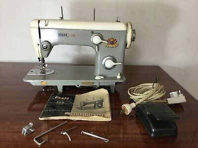 PFÀFF 259 Heavy-Duty Industrial Strength Sewing Machine w/ Instruction Booklet