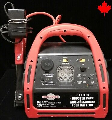 Motomaster 700 Peak 011-1910 Battery Booster Pack - VERY GOOD CONDITION - 002