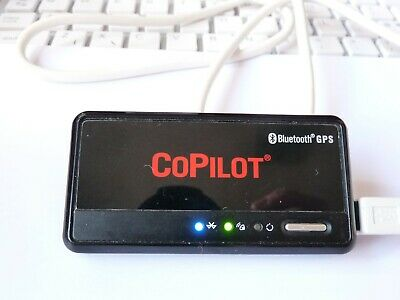 USED Working COPILOT BLUETOOTH GPS RECEIVER BT-359 GLOBALSAT & charging cable