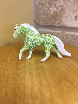 Breyer Mini Whinnies Horse Surprise Series 2. Chase Piece Emerald