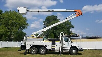 2006 International T/A 61' Bucket Truck Boom Utility Truck Winch Service Utility