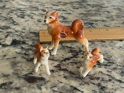 Samoyed Vintage Dog Figurine Bone China Adult and Puppies Japan