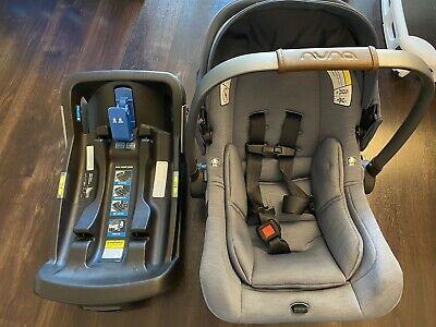 Nuna Pipa Lite Infant Car Sear and Base-Good Condition!
