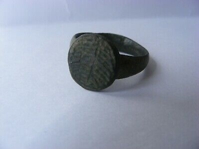 STUNNING 1,000 year old Viking bronze ring with runes runic inscription