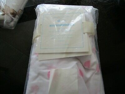 Pottery Barn Kids baby mini heart pink fitted sheet crib New