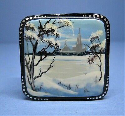 Vintage Russian Miniature Hand Painted Laquer Box  Snow Scene