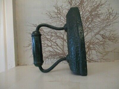 Vintage Antique Cast Iron Flat Clothing Iron