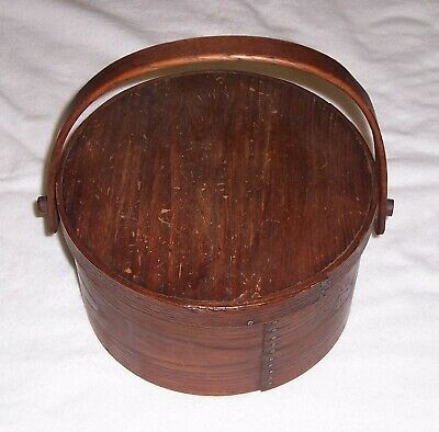 Rare Antique Colonial Round Pantry Box with Lid and Handle