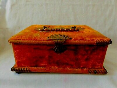 Antique Victorian Sewing Box With Metal Clasp And Handle