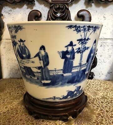 A Chinese antique Blue and White porcelain plant pot , 19th Century