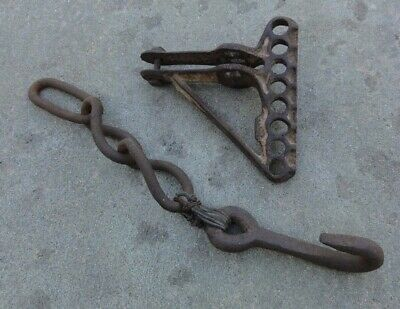 ANTIQUE HORSE DRAWN FARM 8 HOLE CAST IRON CLEVIS With Chain & Hook