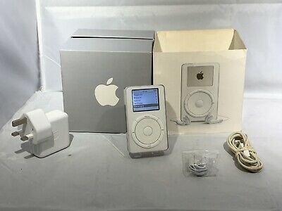 Apple iPod 1st Generation (Late 2001) (5GB) Boxed  Rare Collectible