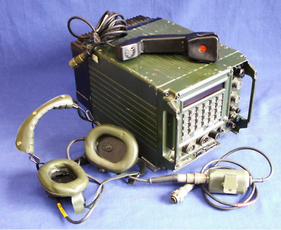 TRANSCEIVER RACAL 30-76MHz 50W / 4596