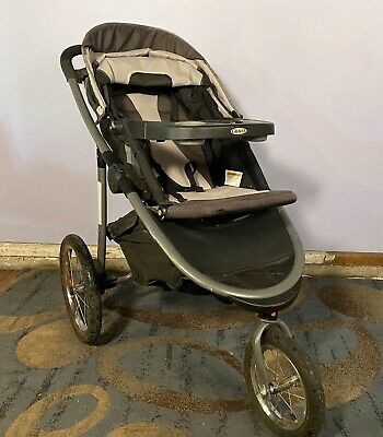 Graco FastAction Click Connect Foldable Jogger Stroller (1934714)