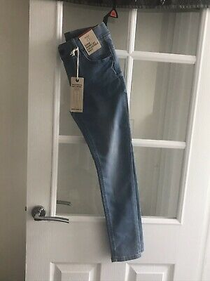 BNWT LOVELY PR YOUNG GIRLS LIGHT BLUE DENIM JEANS AGE 9/10 Yrs . M&S