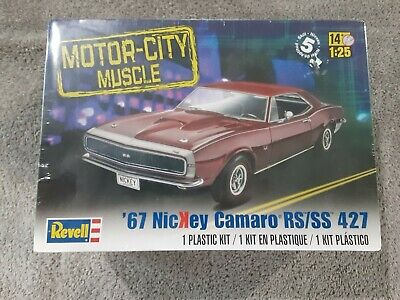 1967 Chevrolet Camaro SS 2 in 1 1:25 Model Kit Bausatz Revell 4936 Chevy