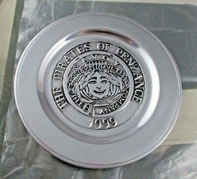 "THE PIRATES OF PENZANCE 1999 Wilton Armetale 8.5"" Plate Original Box THEATRE"