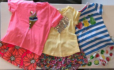 3 Fab Girls Shorts / Skirt & T-shirt Sets By Next And H&M Age 3-4 Yrs Exc Cond