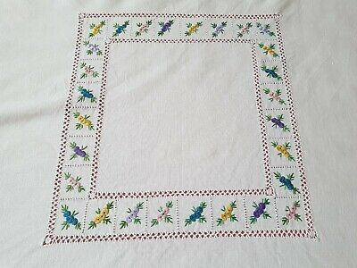 vintage Irish linen embroidered table cloth floral square 31 inch