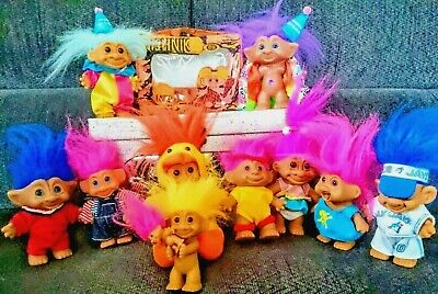 10 VINTAGE TROLL DOLLS WITH 1960's CAVEMAN CARRYING CASE
