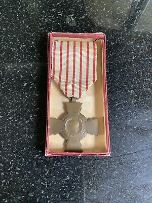 Ww1 1914-1918 French Cross Croix Du Combattant War Military Medal With Ribbon