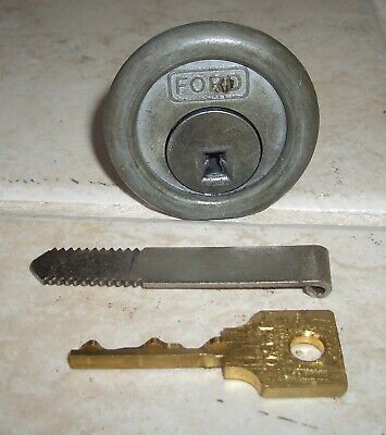 Ford Gumball Machine F-50 Lock and Key