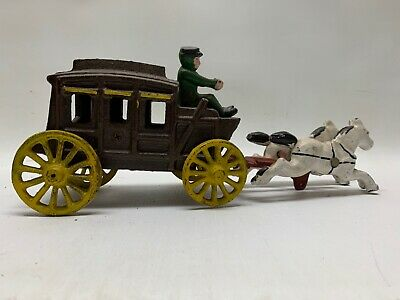 Antique Vintage Cast Iron Horse-Drawn Stage Coach Metal Toy with Driver