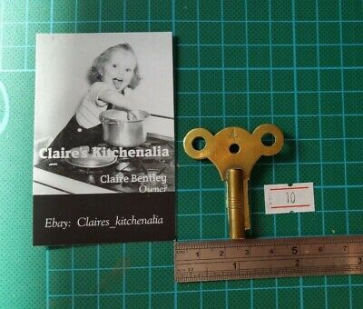 Vintage Size 4 brass Clock Winding Key Hall Mantle Grandfather 10,B2