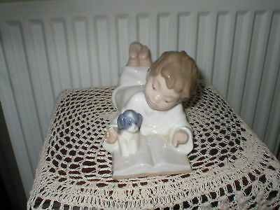 Nao By Lladro Figurine Repeat After Me Boy Laying Down Reading  No1285