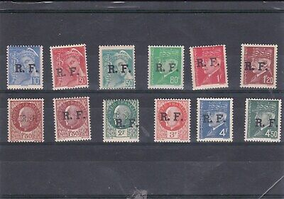 France  12 Liberation stamps MLH ( lot 1737 )