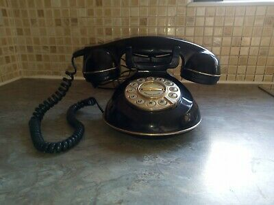 Astral The Knightsbridge Green Wired Vintage Retro Telephone - working