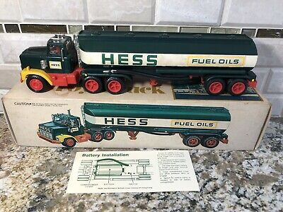 1978 HESS TANKER TRUCK With Box & Battery Card-Perfect For Beginning Collector!