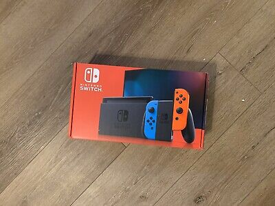 BRAND NEW NO RESERVE Nintendo Switch 32GB Console Red and Blue Joy-Con