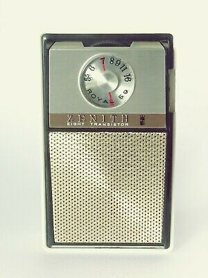 ZENNITH TRANSISTOR RADIO with box and accessories