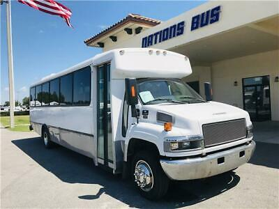 2007 Champion Defender 350, Duramax Diesel, 32 Pax w/ Rear Luggage