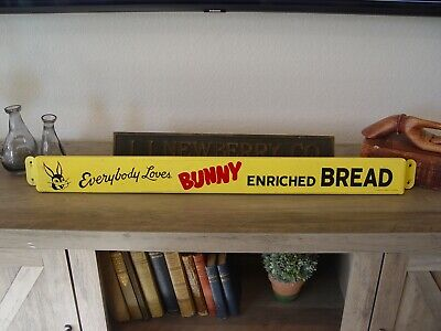 "Vintage 30.5"" Everybody Loves Bunny Bread Metal Advertising Door Push Bar Sign"
