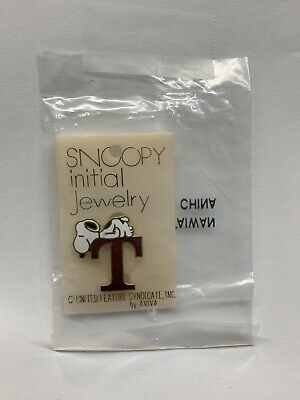 """Vintage 1970's Aviva Snoopy initial Jewelry Alphabet Pin Letter """"T"""""""