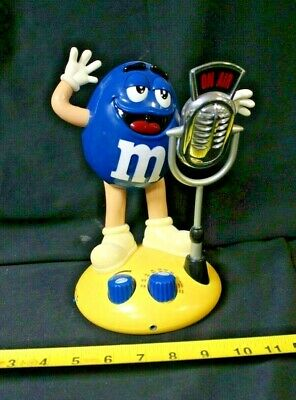 Blue Peanut M&M Radio