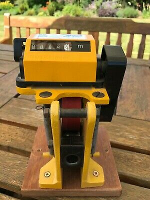 Trumeter 2630 cable and wire measuring tool