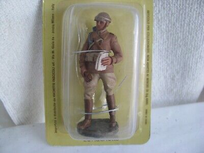 toy soldier- Italian Military Police