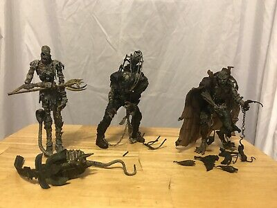 2006 McFarlane's Monsters Icons of Horror 3-Pack Mummy Dracula Frankenstein