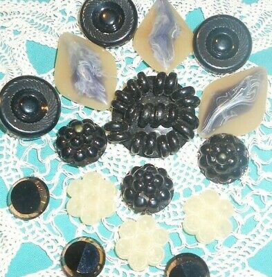 Vintage Collectible Buttons-Celluloid, Lucite & Glass 16 >-)))'> #9